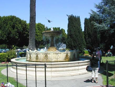 The fountain in Sausalito's Vina Del Mar Park